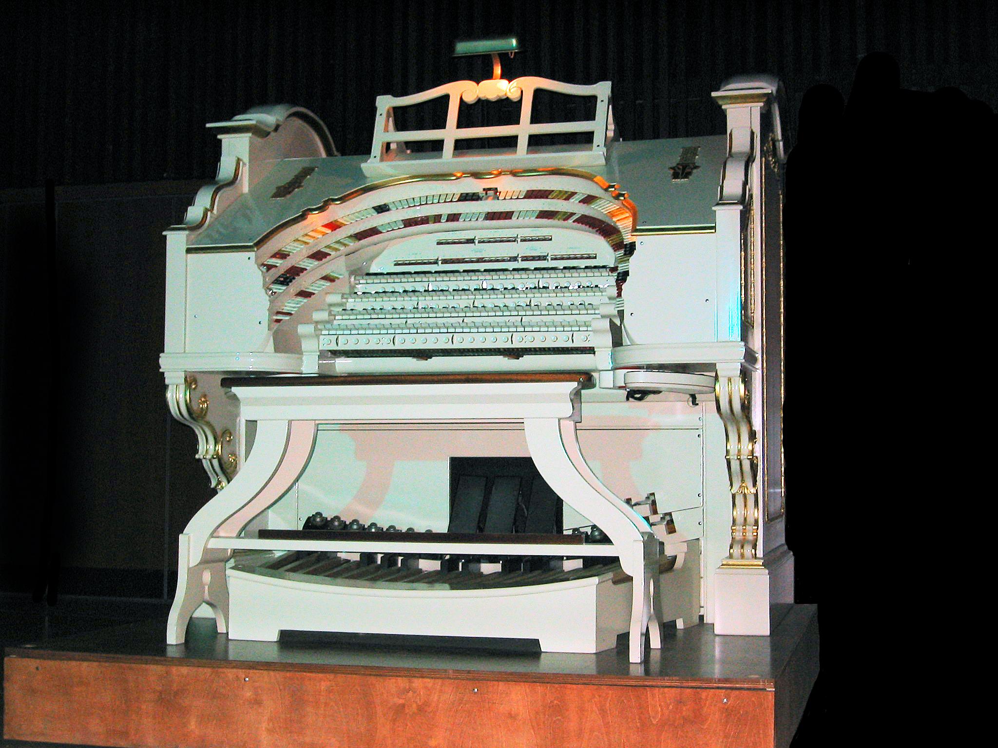 A Wurlitzer console