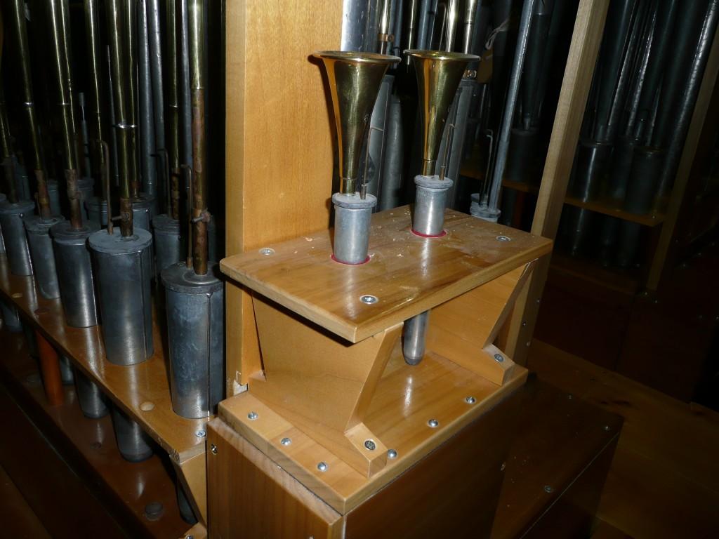 Off Note Chest - Brass Trumpet